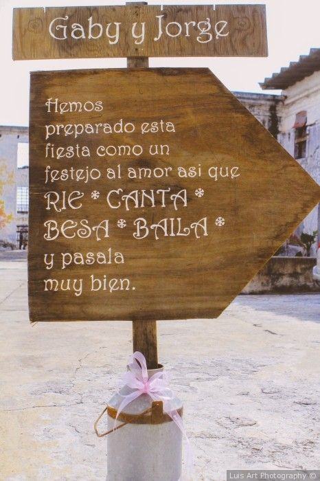 Letrero de Bienvenida #recuerdosdeboda #boda #weddingday #diadeboda #recuerditos…
