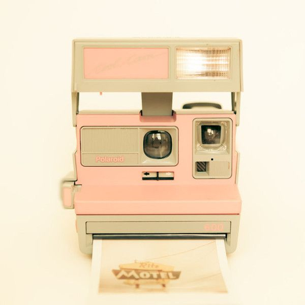 THIS IS A PHOTO Polaroid camera vintage camera, pastel, pink polaroid,... (€28) ❤ liked on Polyvore featuring camera, fillers, backgrounds, pictures and photos