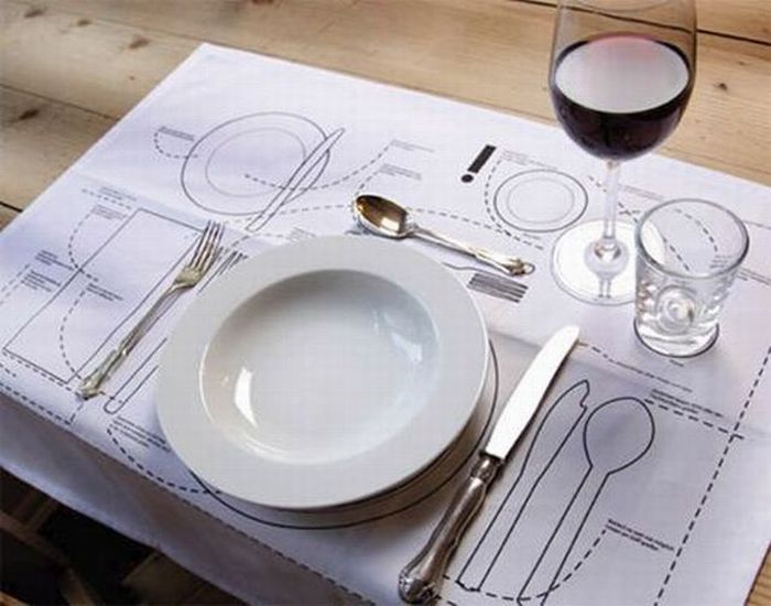 place settings... do we really need them? If so, this is a must have