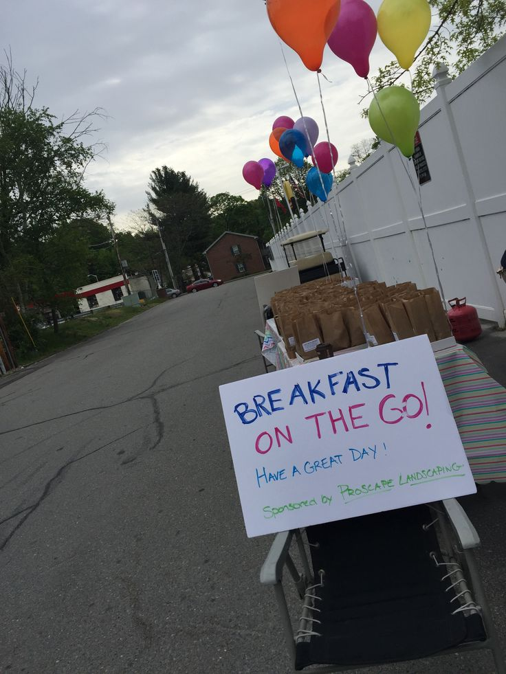 "We had a very successful ""Breakfast On The Go"" this morning for our residents!   Thank you Proscape Landscaping for sponsoring the event. ‪#‎WeLoveOurResidents‬  508-342-5927"