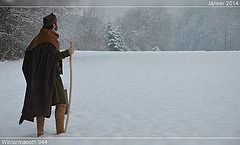 Ottonischer Winter 2013/2014 (Hiltibold) Tags: winter medieval clothes vikings viking middleages reenactment steiermark livinghistory darkages mittelalter frhmittelalter ottonian ottonisch liudolfinger ottonenzeit ottonenzeitlich vision:mountain=0556 vision:outdoor=0976 vision:sky=0786