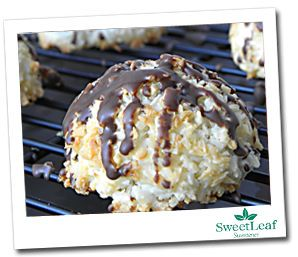 Scrumptious-looking dessert for a Phase 3 treat: Coconut Macaroons with Stevia