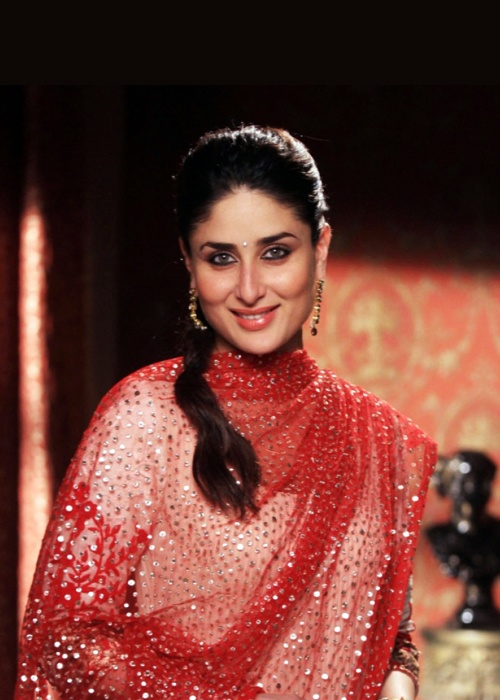 Awesome Pic of Kareena Kapoor.. For More: www.foundpix.com #KareenaKapoor #BollywoodActress #Ho #Kareenat