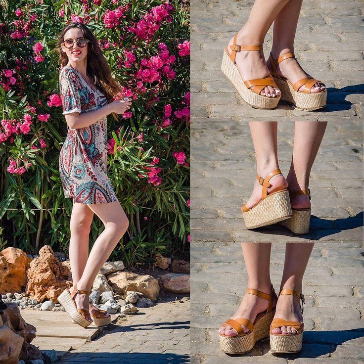 The #camel #straw #flatforms @melshoes_gr 😍😍 #lovefashiongr #fashionblogger #greekblogger #melshoesgr