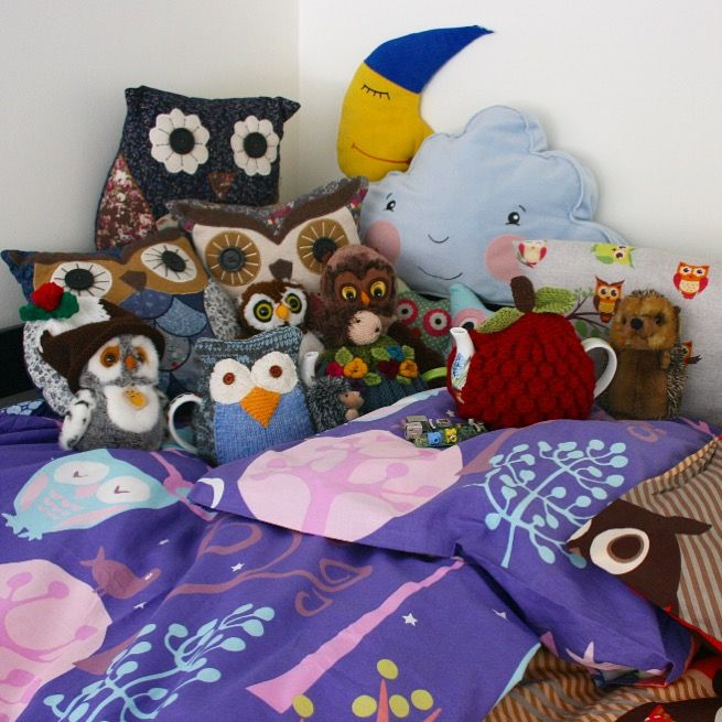 Hello! Claude (the owl #tea cosy), Arthur (the hedgehog tea cosy) and the raspberry tea cosy made it safely to their new home in France. Look how happy they are with their new owl friends! Furthermore, I have been informed that the raspberry cosy will be the 'mascot' for the circuit board called the Raspberry Pi, a 'baby computer' used for education & by hobbyists all over the world. How cool is that?! Go check out the Raspberry Pi website at https://www.raspberrypi.org . I'm so chuffed! 😀