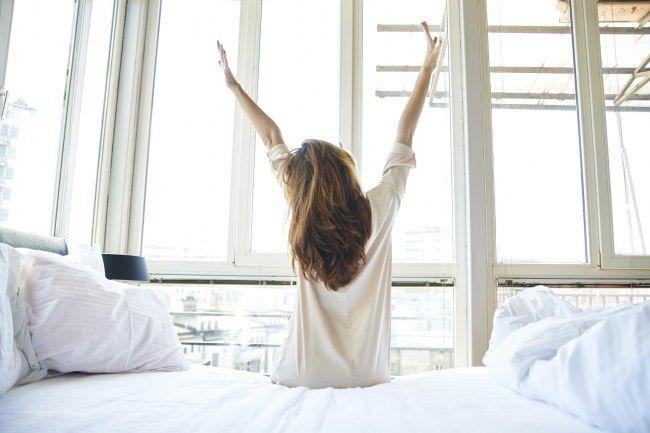 Styling-Trick: Wenn du die Sachen abends schon rauslegst, hast du morgens weniger Stress!