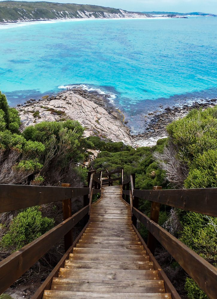 Enjoy a drive along the stunning coastline in Esperance to see places like Observatory Point in Esperance, Western Australia. Find out more about the local attractions in Esperance: http://wp.me/p8jF6B-2j