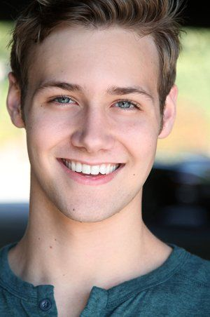 Caleb Ruminer (plays Crash on MTV's new show Finding Carter) DEFINITELY MY CASEY. <3