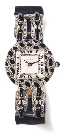 Cartier's first piece with the panther-skin motif, from 1914.