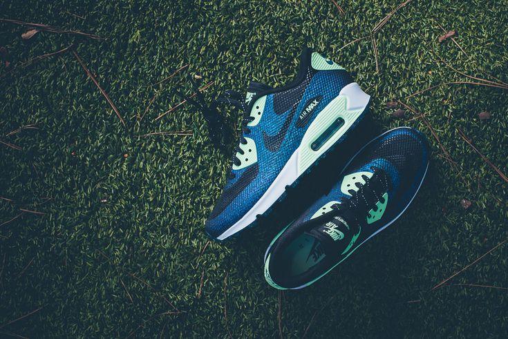 Dámské Nike Air Max 90 Hyperfuse WMNS WC QS – boty, modré (zelené detaily), tenisky, sneakers, Footbal World Cup, footwear