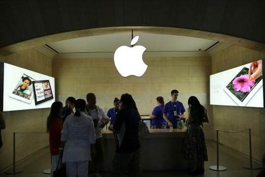 Apple Store theft caught on tape. #examinercom
