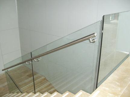 barandilla teistor de cristal con pasamanos de acero inoxidable modelo c
