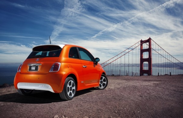 Is the All-Electric Fiat 500e Really a Road-Worthy Car?: http://www.greenerideal.com/vehicles/0521-is-the-all-electric-fiat-500e-really-a-road-worthy-car/