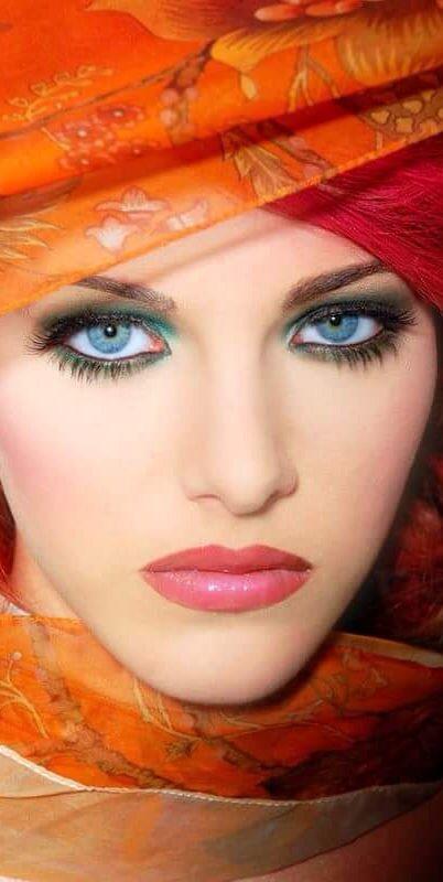 Stunning Makeup and Eyes ❤