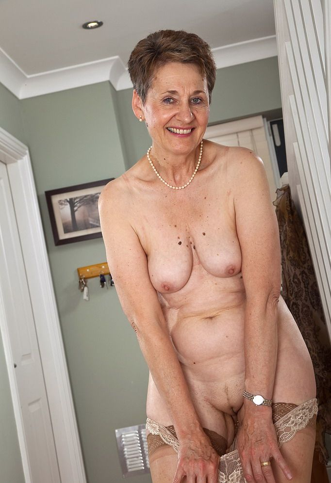 Nude pics of fifty year old women — pic 13