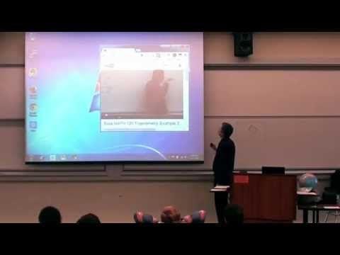 Professor faz pegadinha de 1º de Abril na sala de aula de chorar de rir | Videos Do Dia