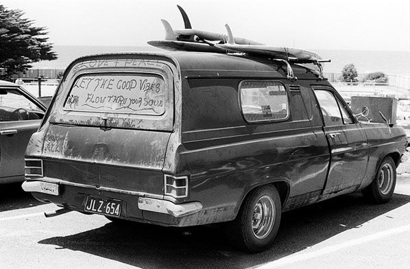 Good Vibes, Lorne 1975 | Rennie Ellis Photographic Archive