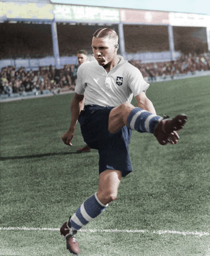 "William ""Bill"" Shankly, Escoces, con el Preston North End FC , 1932"