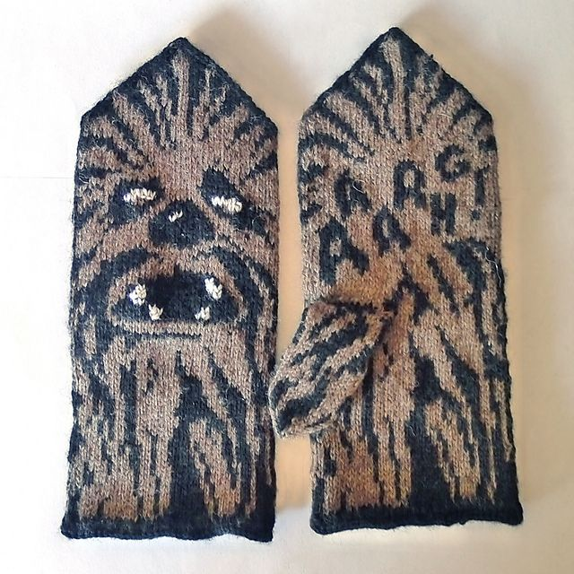 Ravelry: Chewie Mittens (Star Wars tribute) pattern by Therese Sharp - too cool to not reblog.