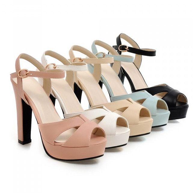 Zapatos tacón grueso. 19,45-22