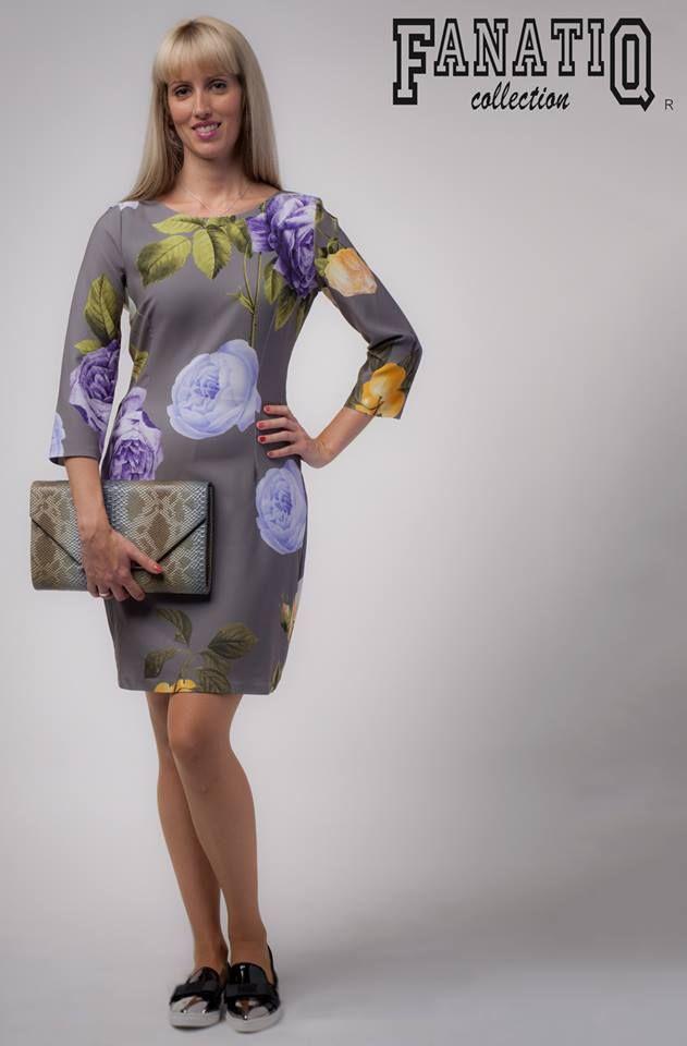 """Fanatiq 1086-os üzlet - """"Ez a virágos ruha tökéletes viselet lehet, ha irodai munkát végzel."""""""
