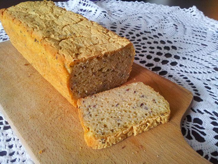 Kuchnia bez alergii: Bezglutenowy chleb z siemieniem