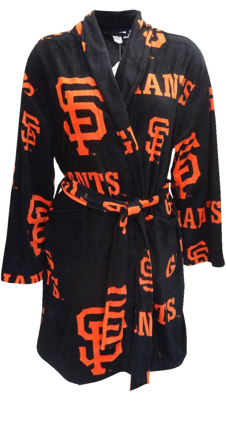 San Francisco Giants Ladies Fleece Robe for women (One Size). GASP!!  I NEED this robe!!