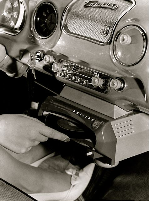 Philips In-Car Record Player (c.1950)  I hope that car had really smooth suspension!