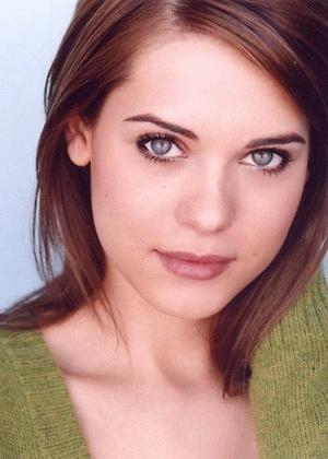 Lyndsy Fonseca - Anastasia???