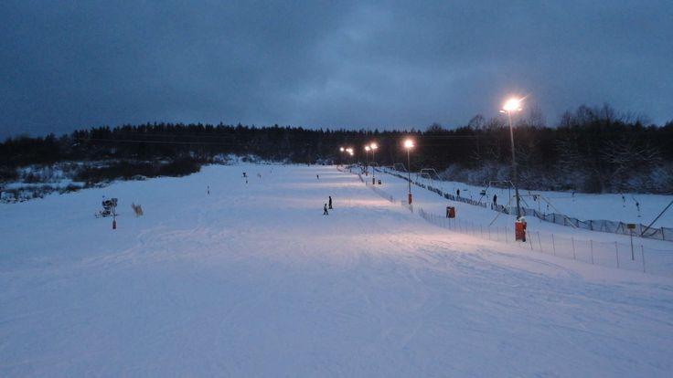 Zdjęcia wyciągów narciarskich w Beskidzie | Wczasy pod gruszą W zimie zapraszamy na pobliskie stoki narciarskie: http://www.domkiwbeskidach.pl/noclegi-jaslo.html