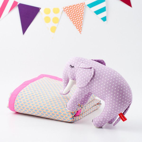 i die.: Elephants Lex, Babies, Gift Ideas, Snuggly Blankets, Baby Blankets, Baby Jeyes, Baby Shower Gifts, Baby Ing, Godmother Gifts