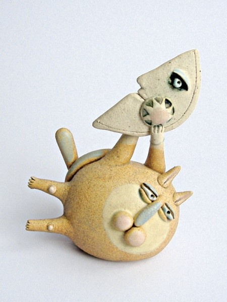 """I Gatti / Cats"" cod. 024, Ø 10x8 cm (dimensioni indicative / indicative dimensions) Ceramiche sonore / Sonorous ceramics"