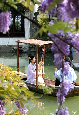 Suzhou, China - Suzhou Park has a classic oriental features Chinese, from ever since the 11th century. Lingering Garden is famous Garden, filled with bonsai plants, rocks, waters, and historic buildings.