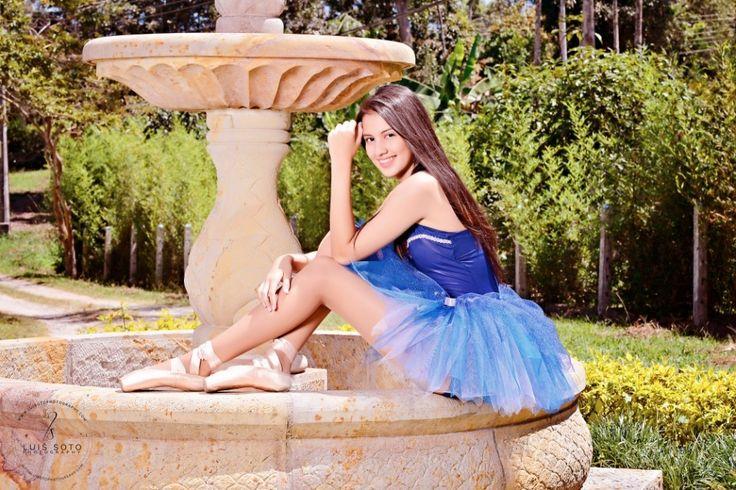 Fotografia de Quinceaños Fotografia: Luis Soto www.luisotophotog... www.studiosnova.com Producción: studio nova