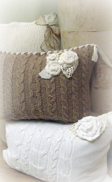 A Re-Purposed Life: New throw pillows from old sweaters