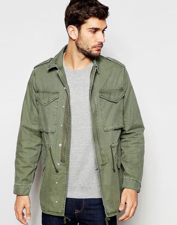 Esta chaqueta militar es perfecta para el otoño, puedes usarla en los primeros días con pantalón corto. Te quedará genial.  #chaqueta #militar #Asos #hombre #estilo #chico
