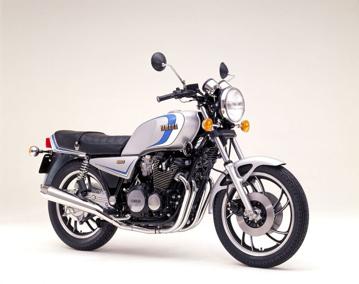 Total Motorcycle - 1982 Yamaha XJ 650 R Seca resources