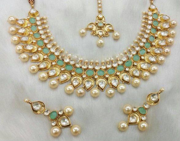 Mystic Green Kundan Necklace Set