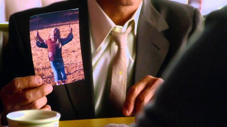 Una donna e la giovane figlia fuggono dal marito e padre violento simulando la loro morte. Otto anni più tardi lei è felicemente sposata e vive nel lusso di Palm Springs con la figlia, quando il marito scopre che sono ancora in vita, li rintraccia e li spia per conoscere tutto sulla nuova vita che fanno. #HiddenAway #NonPuoiNasconderti #film #TIMvision