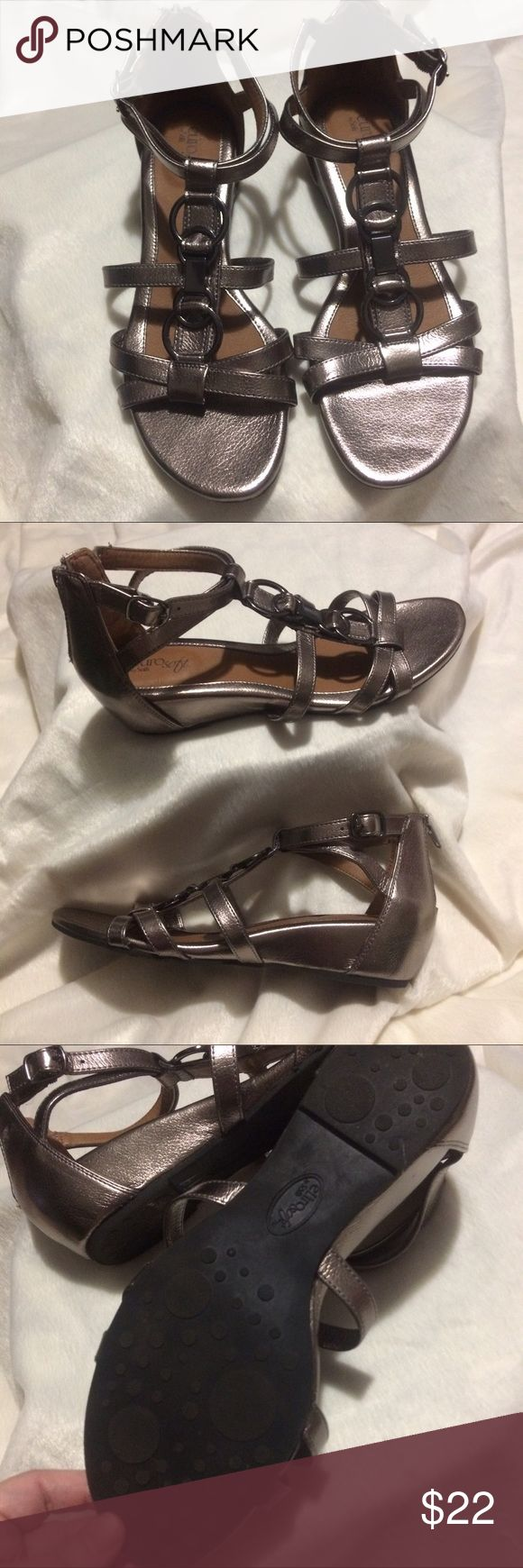 """Euro Soft By Sofft """"Riana"""" Sandals Really nice metallic sandals with zipper closure. Sofft Shoes Sandals"""