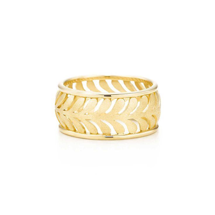 i love gold jewlery