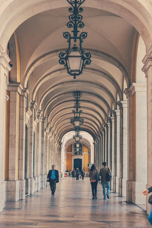 Arcade of Praca do Comercio - Lisbon http://www.teoinpixeland.ro/travel/lisbon-places-that-stole-my-heart