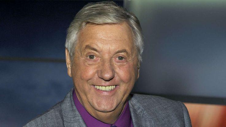 Von seinem Herzinfarkt hat er sich nie wieder richtig erholen können … Jetzt ist Moderator Karl Moik gestorben.