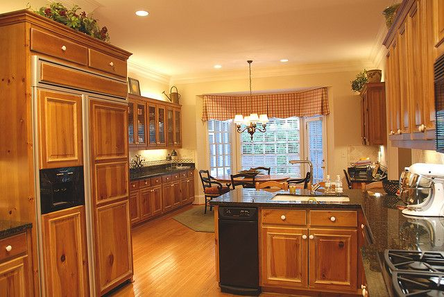 Love this keep my cabinets oak paint walls yellow paint for White kitchen cabinets with oak trim