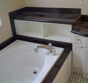 Tile Tub With Ser Surround Use Black And Pink In