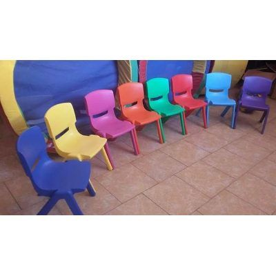 Sillas Infantiles Escolares Básicas En Plástico 32x55, 80 K. - $ 148.00 en Mercado Libre