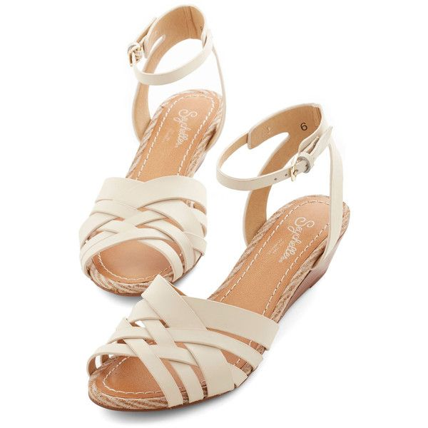 Seychelles Little Closer Wedge ($45) ❤ liked on Polyvore featuring shoes, sandals, flats, zapatos, footwear, white, slingback, slingback flats, flat shoes and wedge sandals