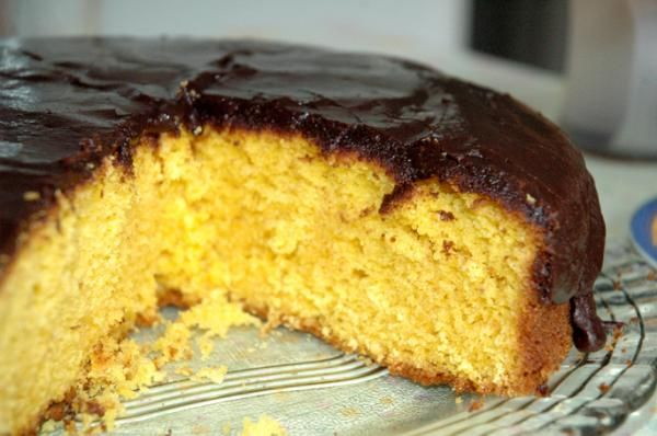 Aprenda a preparar bolo de cenoura da Palmirinha com esta excelente e fácil receita. A Dona Palmirinha presenteia-nos com receitas deliciosas que vale a pena dar a...