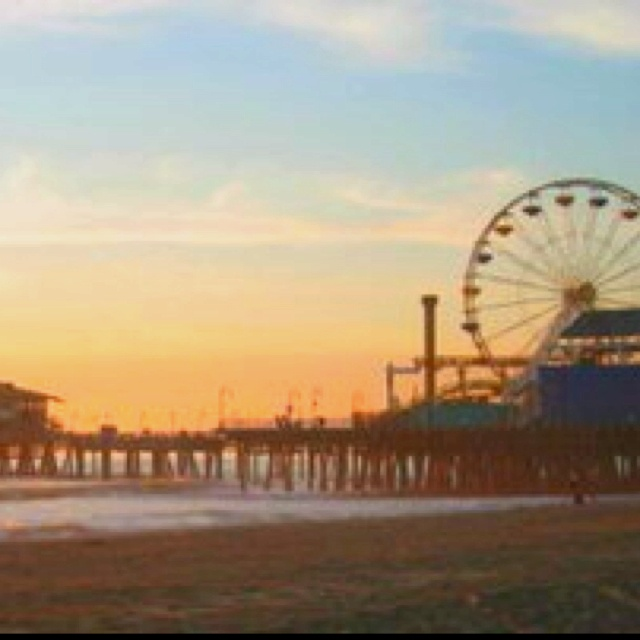 Santa Monica pierBuckets Lists, Favorite Places, Fun Vacations, Canfield Cmon, Nature Habitat, Santa Monica Pier, Los Angels, Local Getaways, Lilies Canfield