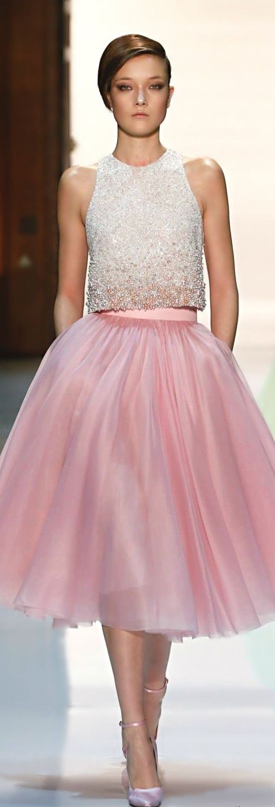 1212 best OUTFIT BODA DE DIA INVITADAS images on Pinterest | Party ...